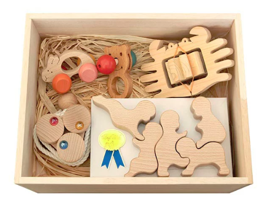 長野県 上田市 赤ちゃんのための木のおもちゃセット