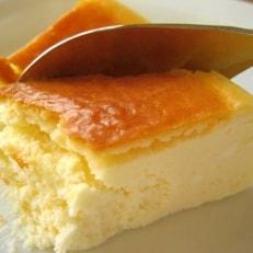 盛岡有名店のプレーンチーズケーキ4号&ハンバーグ2個セット