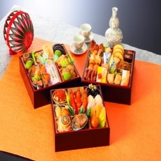 割烹料亭千賀 迎春おせち料理「吉寿千」三段重 41品
