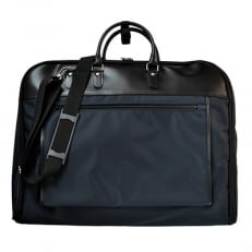 スーツの持ち運びに便利なガーメントバッグ [ネイビー] D076