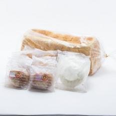 地元特産品を使ったシュークリームとタムタム特製高級食パン、ご当地アーモンドバターの3点詰め合わせ