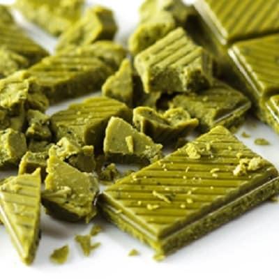 高級オーガニック緑茶チョコレート「GREEN KISS」3缶