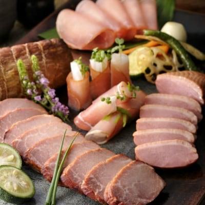 マイスター山野井 炭焼き焼豚二種と合鴨セット