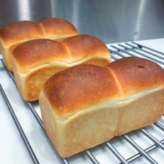 甘糀食パン 3本