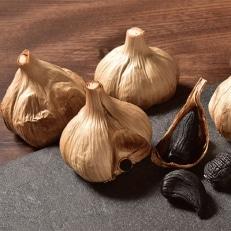 黒にんにく「くろくま」 国産A級品を発酵・熟成したM玉(5個x1パック)