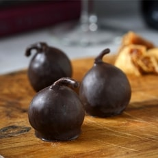 高級チョコレート・ラビトスロワイヤル15粒(チョコ無花果)