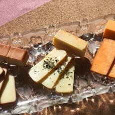 「丹沢スイーツ」スモークチーズ3種類(各180g)