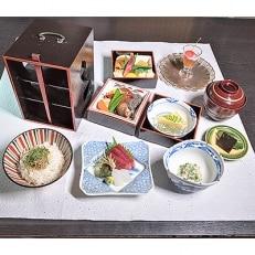 【平日限定】日本料理 喜一 「河内名物 三段弁当」ランチ(コーヒー付き)