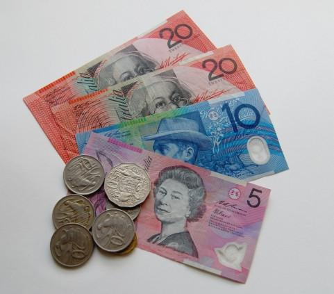 海外のATMで現地通貨を引き出せる VISAのプリペイドカード「NEO MONEY」を紹介