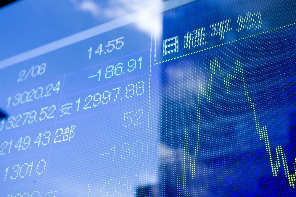 アメリカ大統領選挙で日本経済と株価はどうなる