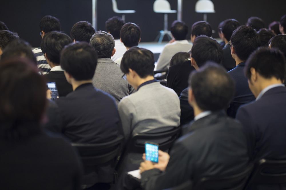 ガスト、バーミヤン、夢庵、ジョナサンなどを経営するすかいらーくグループの株主総会の質疑応答