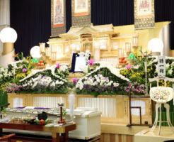 葬儀にかかる費用は、葬儀の種類や形式、規模などによって大きく異なる