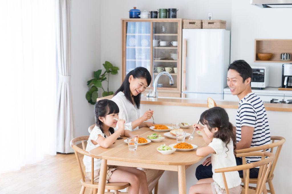 美味しいものを簡単に作って、家族とのゆとりある団らんを楽しむこと