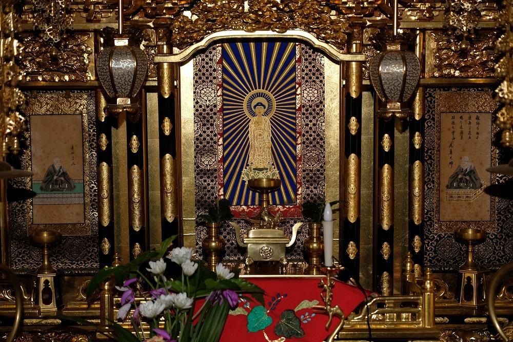 お墓や仏壇の生前購入が相続人の負担を減らす