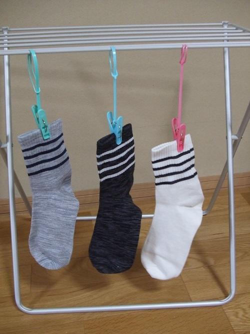 洗濯 バサミ 紐付き 100均の「ひも付き洗濯バサミ」はこんなに活用できる! 干すだけじゃない「驚きの収納術、活用術」をご紹介します。