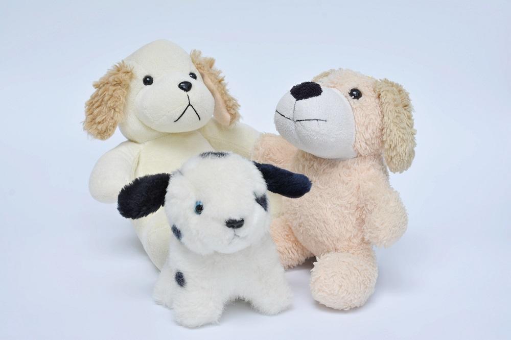 犬の形をした可愛い玩具