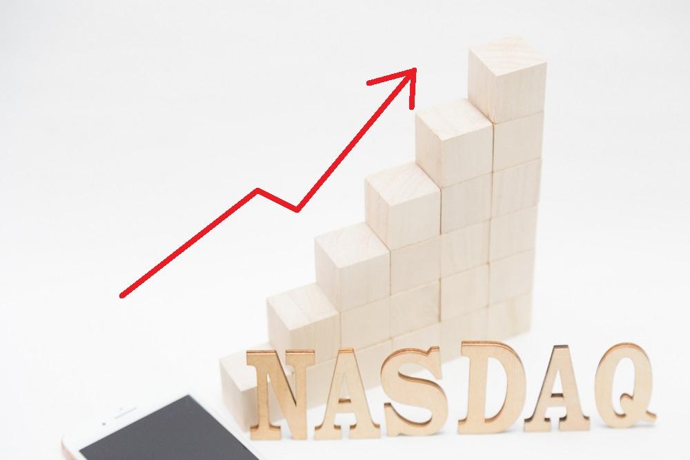 アメリカでは株価上昇