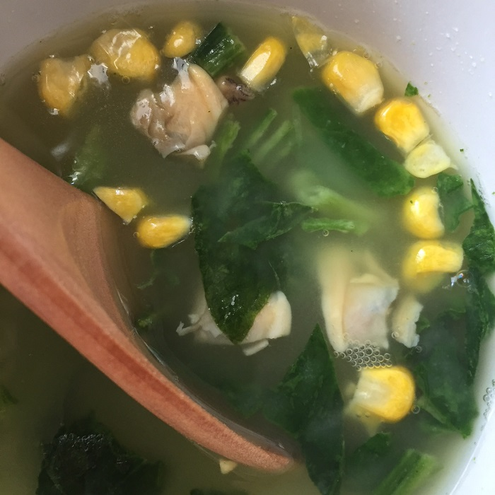 さらっとした透明感のあるスープ